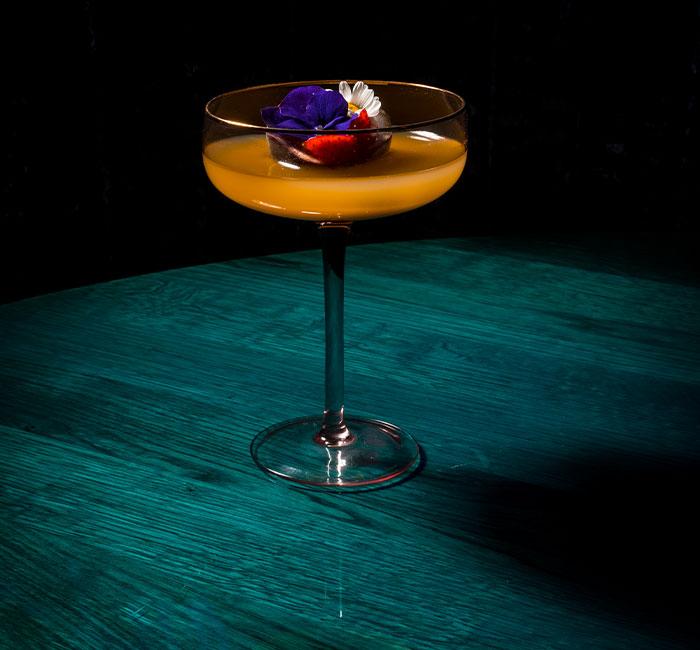 Cocktail restaurant